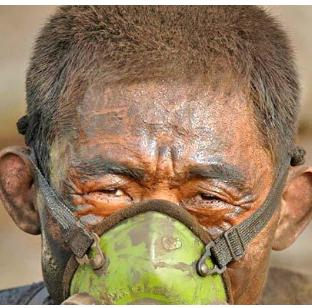 在袁立撕逼背后,有600万中国人正跪着等待死亡    他们的生活条件才真正代表着这个国家的文明程度啊
