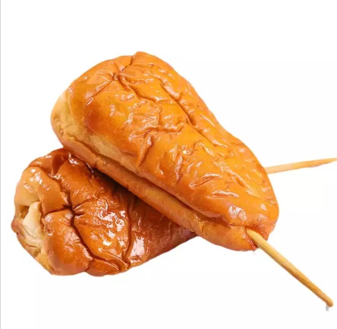伊顺方 鸡腿面包 豆沙*2个+肉松*2个+火腿肠*2个 14.9元包邮(慢津贴后13.9元)