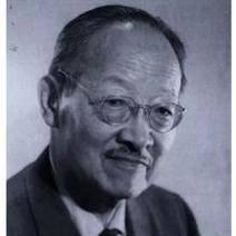 小时候恶习累累,长大后用语言骗过全世界,他是中国最会玩的天才。