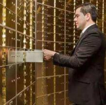 """一代""""避税天堂""""走向终结!瑞士银行不再为客户保密,富豪们瑟瑟发抖"""