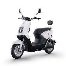 历史低价:雅迪 新款E3 男女式踏板电动车    3999元(满减+用券)
