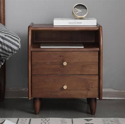 15日0点:Antigue-arts 艾迪嘉 实木现代简约卧室床头柜 多色可选955.2元(合318.40元/件)